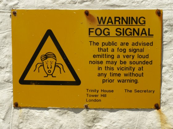 Warning fog signal